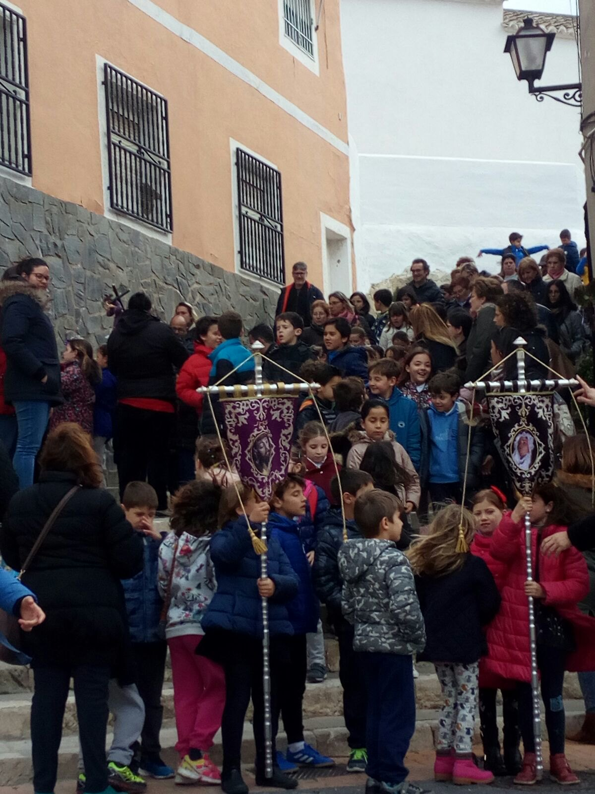 (2018-03-23) II Vía Crucis Infantil (Catequistas) (27)