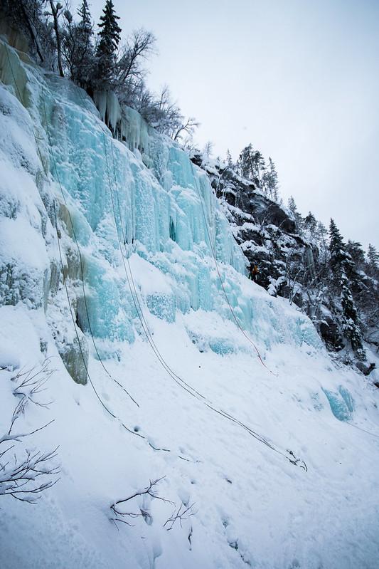 Finland-korouoma-ice-climbing-10-2