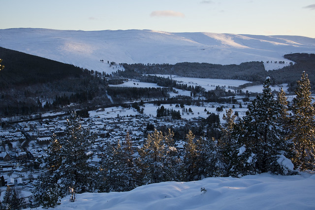 Ballater Below
