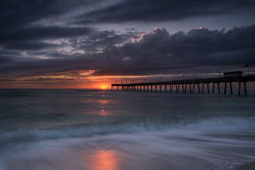abigfave venicefishingpier sunset pier fishingpier longexposure smoothwater beach seascape gulfofmexico venice florida