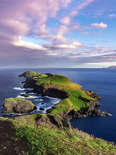 nature landscape sea seashore cliffs rocks rocky ocean atlantic island madeira portugal sunset sky water waves peninsula