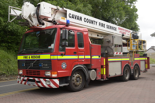 cavan county fire service 1996 volvo fl10 angloco bronto skylift f32hdt alp 96cn6037 ex surrey n598 glf n598glf aerial ladder platform appliance red truck lorry tender emergency blue bluelights lights lightbar siren sirens flash flashing crew officer firefighter fighter brigade firebrigade fireengine engine fireman firemen station firestation equipment firebrigadesociety fbs pompiers feuerwehr vigili del fuoco brandweer corpo de bombeiro straż pożarna brannvesen palokunta brandkår brandvæsen
