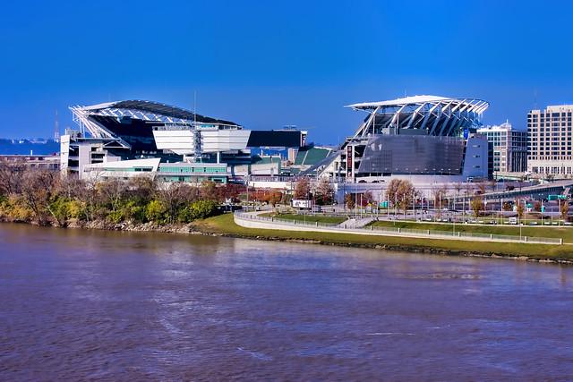 Paul Brown Stadium, 1 Paul Brown Stadium, Cincinnati, Ohio, USA / Built: 2000 / Architect: Dan Meis of the architectural firm NBBJ