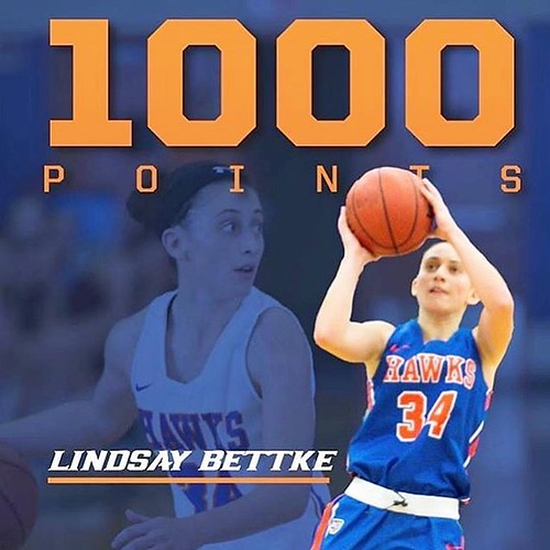 Congrats to @lindsaybet_ on joining the  #1000Club!!!