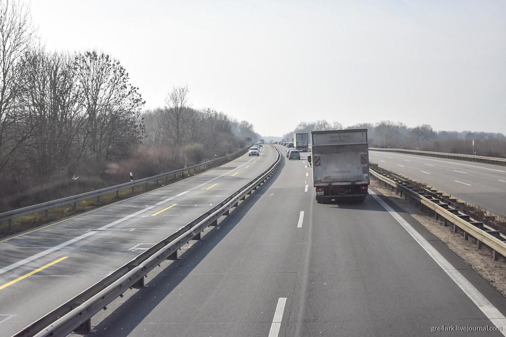 Движение в Германии: автобаны, улицы, лимиты и штрафы