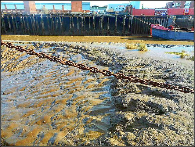 Anchor Chain & Mudbank ..