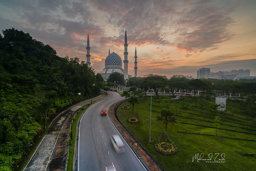 Come to Success - Sultan Salahuddin Abdul Aziz Shah Mosque | by Mohamad Zaidi Photography