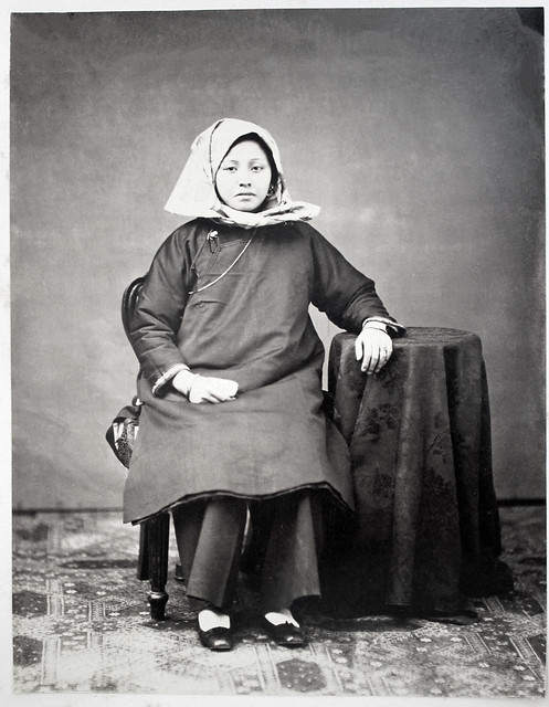 Hotz collection: Hong Kong young woman (Tanka?), ca. 1870