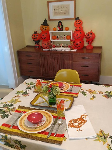 October 2018 table setting