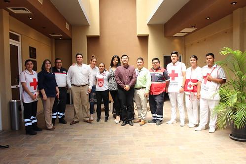 Fomentan cultura vial en estudiantes de la FADU.