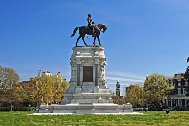 General Robert E Lee Statue in Spring-Monument Avenue-Richmond Virginia  01816