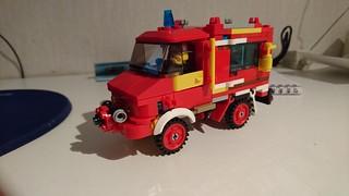 My OWN Unimog Mercedes Benz. of Lego City.   by jesper.rydhog