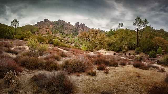 The Pinnacles - Textured HDR