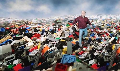 8/52 -- Lego Waste Land