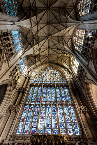 englishgothic minster yorkminster architecture buildings cathedral church gothic lowpov lowangleofview medieval sacral sacred stainedglass york northyorkshire unitedkingdom greateastwindow