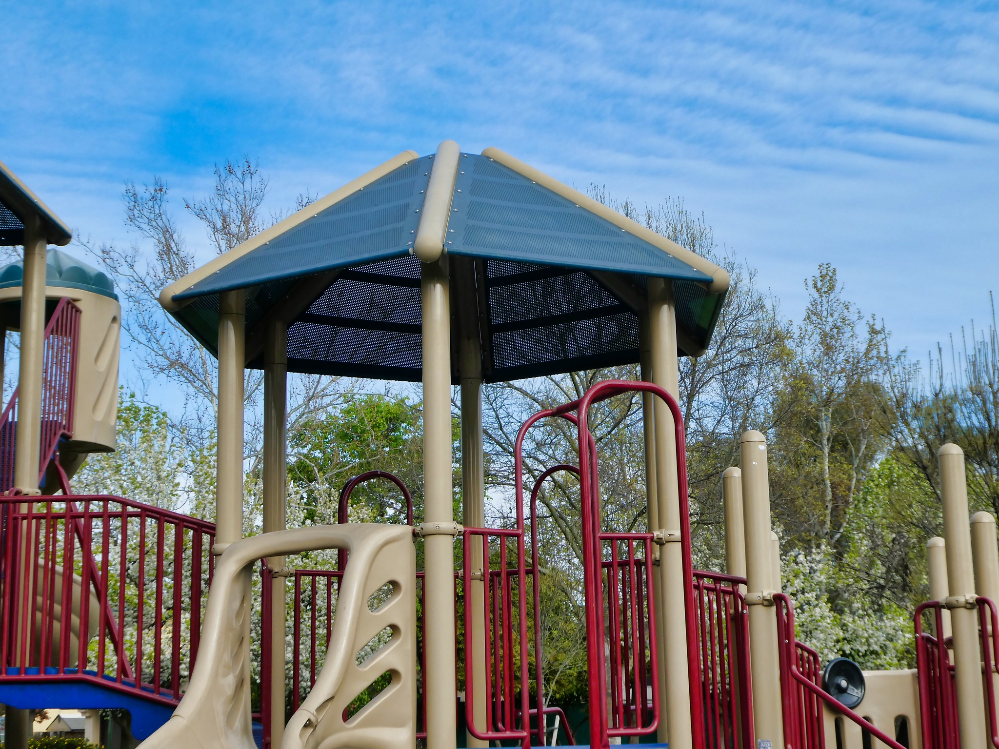 2019-03-26 - Street Photography – Structures – Playground Equipment