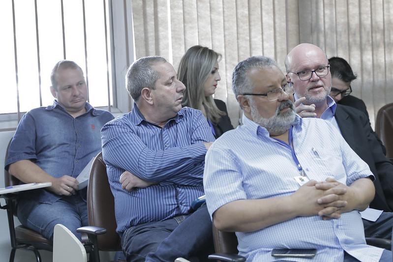 Reunião apresentação do projeto que cria o Instituto de Saúde Pública