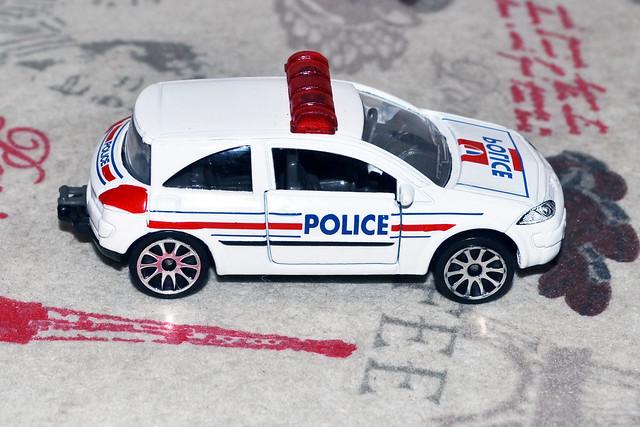 N° 221 C - Renault Mégane II  47494945891_3050a26ff1_z