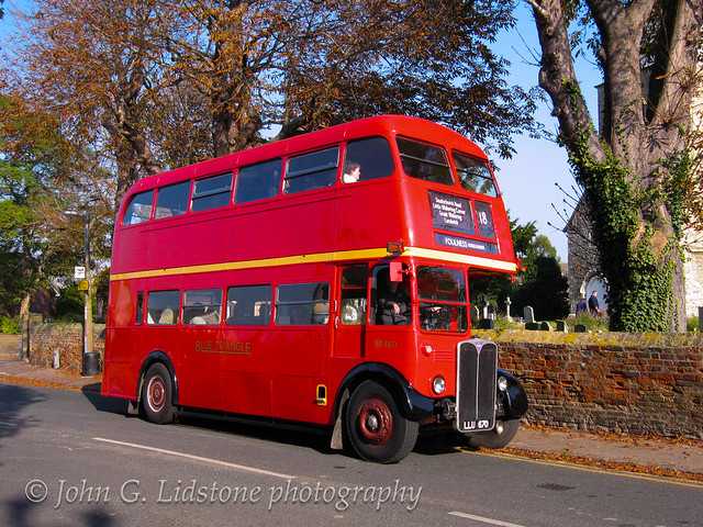 Special tour by preserved London Transport AEC Regent III / Park Royal RT3871, LLU 670 from Upminster via Southend to Foulness, Court End via SCT route 18
