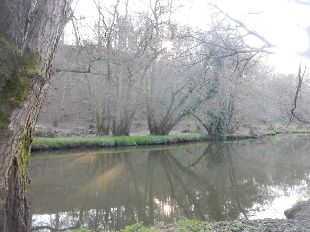 Along the Wey Wanborough to Godalming