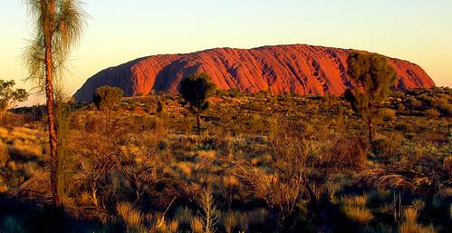 Uluru_03.jpg