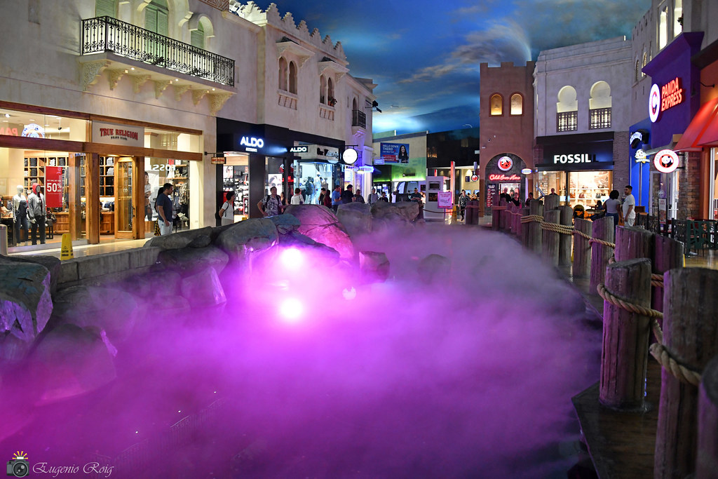 The Rainstorm & Fountain at Miracle Mile Shops  Las Vegas