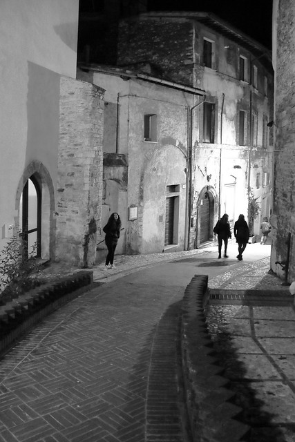 IMG_6659_1 - Spoleto. Streets and alleys /16