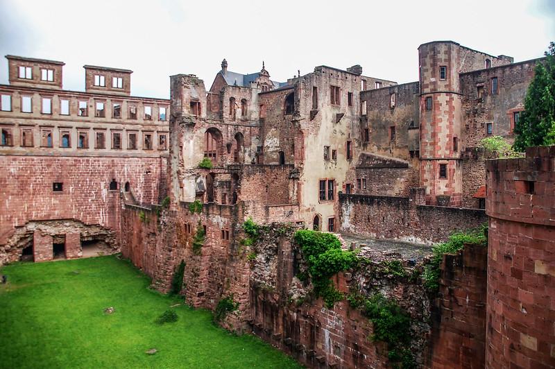 海德堡古堡的斷垣殘壁 7