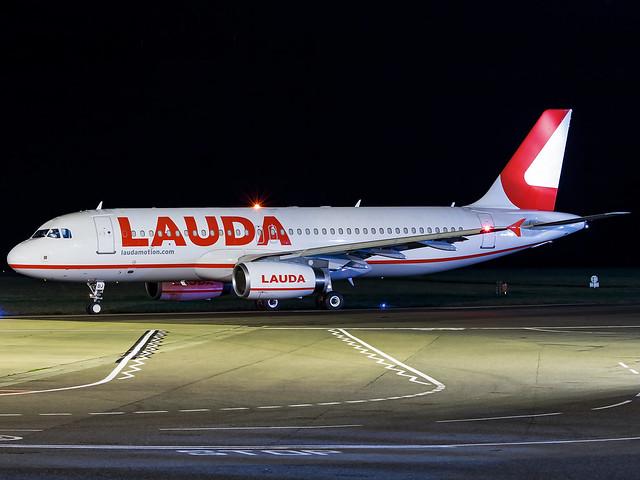 LaudaMotion   Airbus A320-232   A7-ADJ (OE-LOJ)