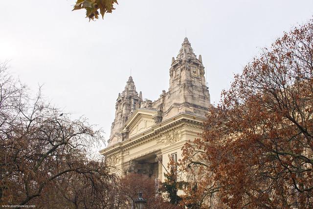 Liberty Square (Szabadság tér), film girati a Budapest