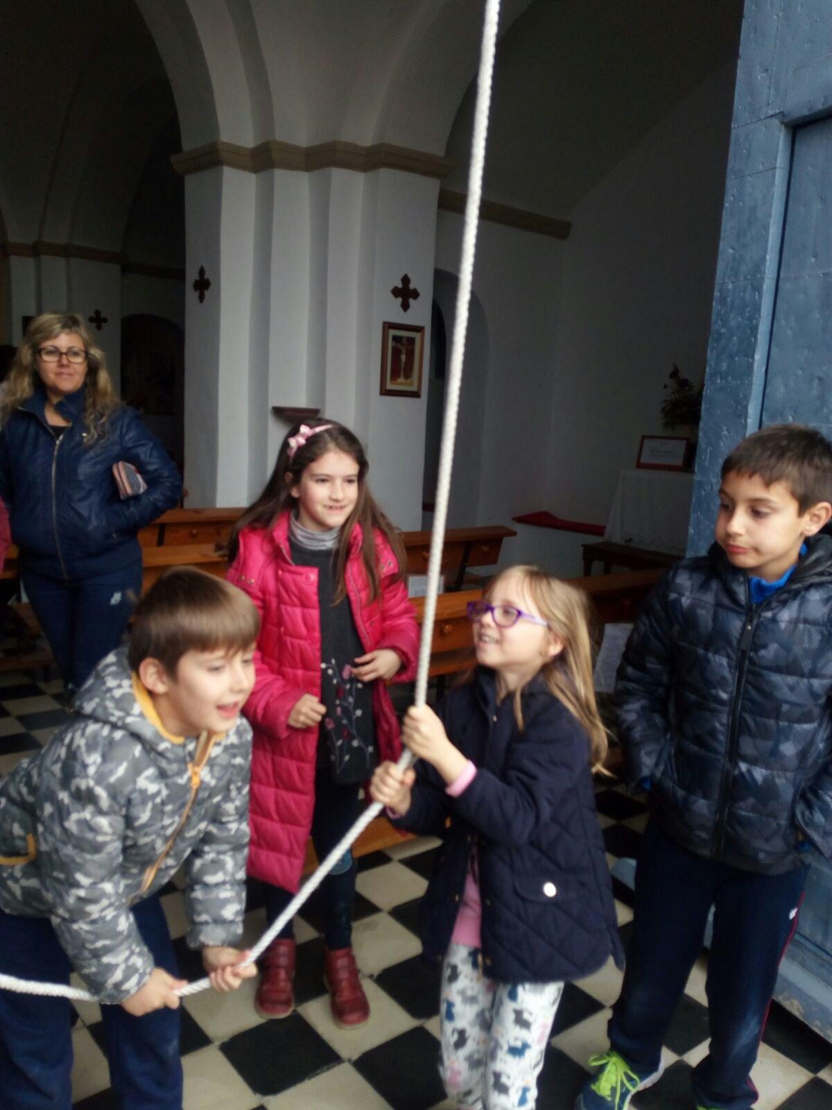 (2018-03-23) II Vía Crucis Infantil (Catequistas) (26)