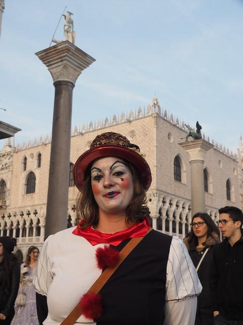 * Venecia
