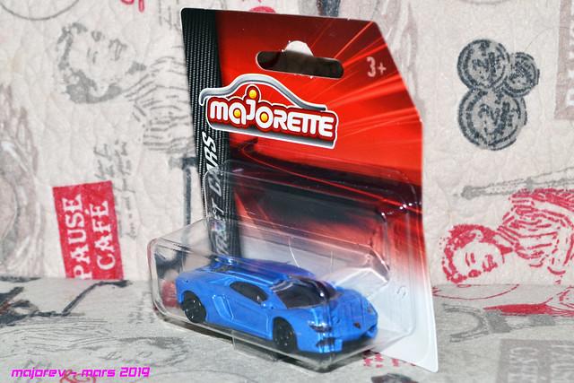 N°219E Lamborghini Aventador 40528959353_93203980f6_z