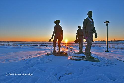 RCMP memorial winter sunrise - 2