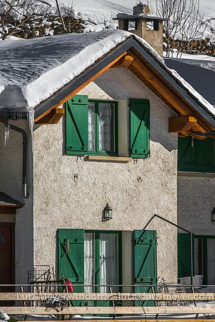 Arinsal at winter: La Massana, Vall nord, Andorra