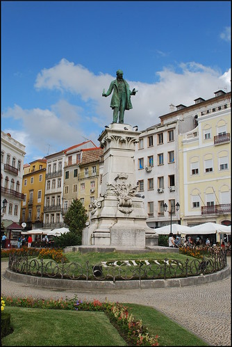 2014 coímbra portugal personajehistórico escultura estatua sculpture plaza jardín garden europeanunion europe