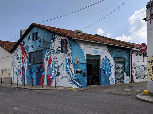 street art along R. da Cintura do Porto de Lisboa