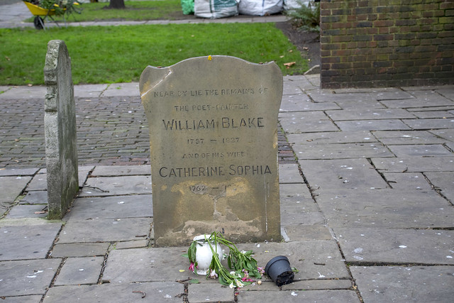 DSC_3505 London Bunhill Fields Cemetery City Road London Gravestone of William Blake Poet and Painter 1757 - 1827 and his wife Catherine Sophia. Sadly this Gravestone has been vandalised and Broken which is disgraceful
