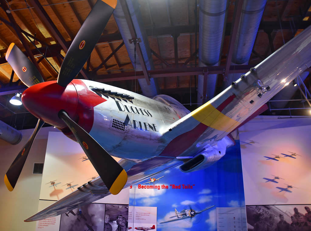 The Red Tails P 51 Mustang Of The Tuskegee Airman Nat