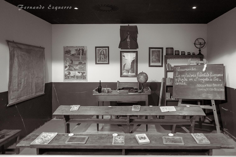 Aula de la escuela de principios de siglo XX