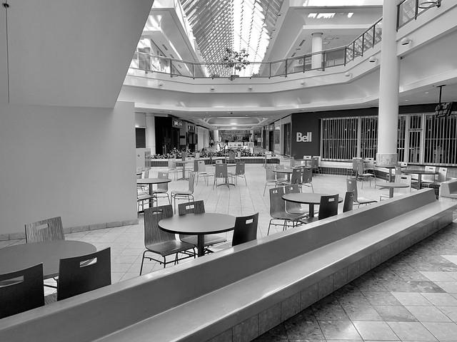 Westmount Centre, London, Ontario