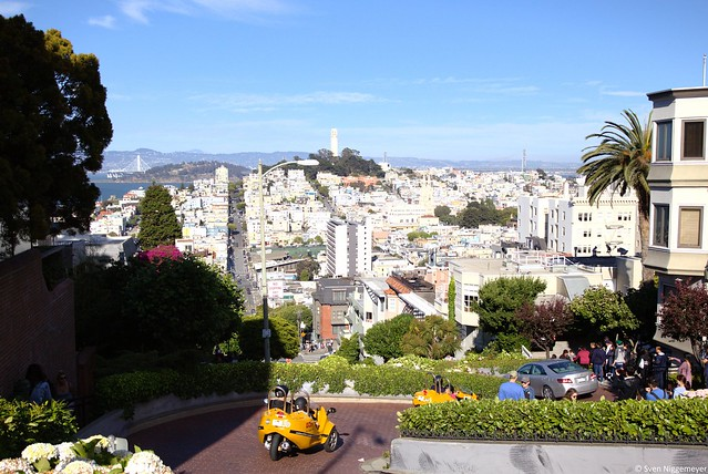 Lombard Street mit Blick auf San Francisco am 5.07.18