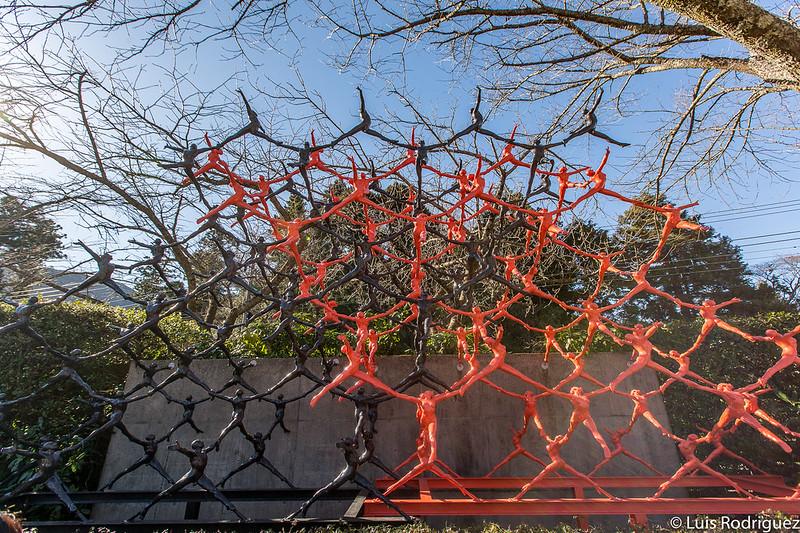 """Intersecting Space Construction"" de Ryoji Goto"