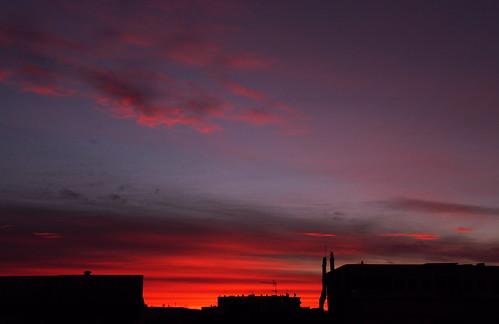 france iledefrance hautsdeseine malakoff canon eos 7d efs 18200 leverdesoleil lever soleil sunrise matin morning nuage cloud toit roof ville city town
