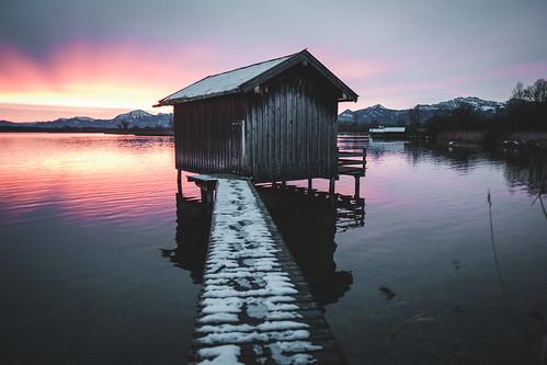 chiemsee dedeutschland sunrise europa chiemgau mountains bavaria herkunft lake bayern alps weitsee rimsting germany de