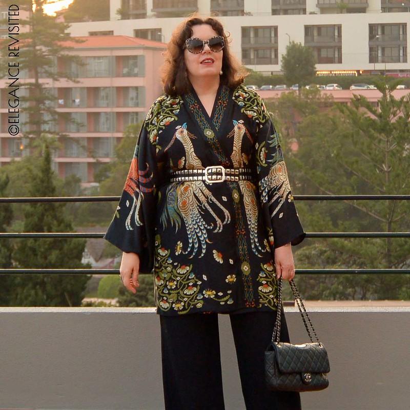 edgy kimono 1300 x 1300