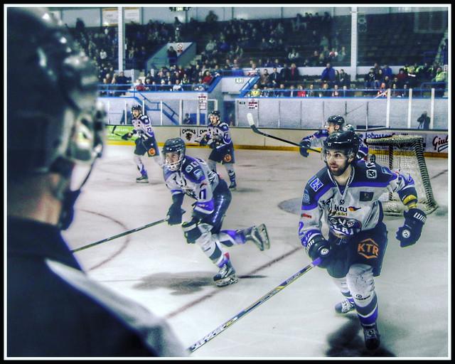 On This Day: 20th March 2016 - Ice Hockey - Edinburgh Capitals v Braehead Clan