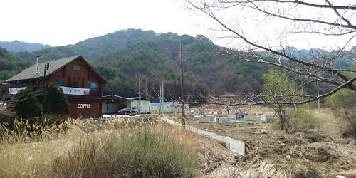 우지네골 봄꽃 산책길