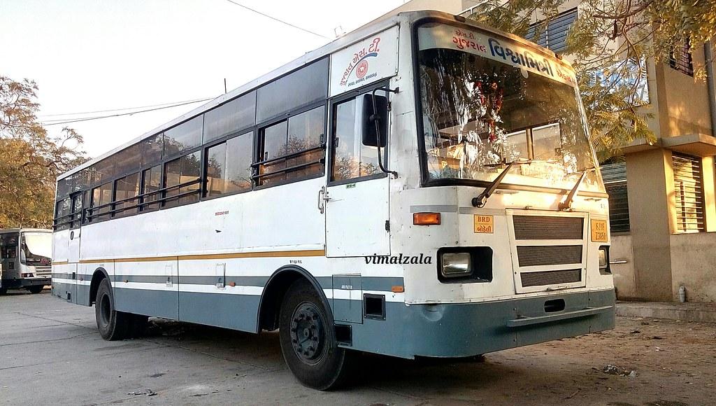 Gujarat ST bus GSRTC bodeli depoit bus Kvant-Mandvi GJ-18-… | Flickr