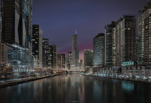 spasojevic sonyimages nenografiacom explore sonyalpha exploration windycity citylights naturallight reflection nenadspasojevicart rivergorge canon sony sunrise reflections morning a7rii illinois nenad trumptower trumphotel city perspective water chi downtown 2019 architecture river buildings light chicago il usa
